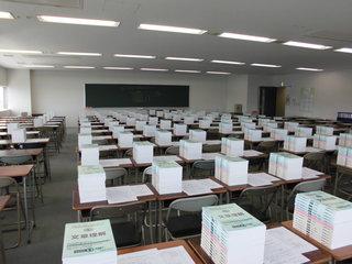 教室�@.JPG